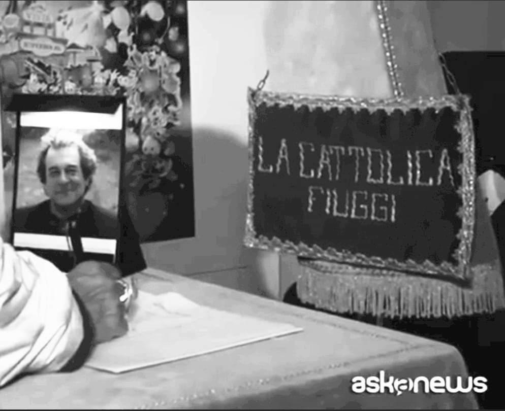 Funerale-di-piero-fantastichini-organizzato-dall-agenzia-funebre-la-cattolica-fiuggi